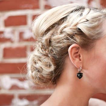 Cabelo de noiva preso | Credits: Amanda Thomsen Photography