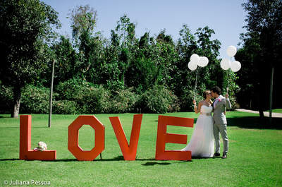 O grande dia espetacular de Laura e Carlos: casamento romântico e vintage