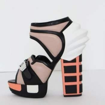 Se você é ultra moderna, vai gostar desta seleção de sapatos de festa da Rodarte, de sua coleção 2013.