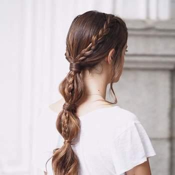 Penteado para noiva com cabelo preso e trança | Foto: Urvan
