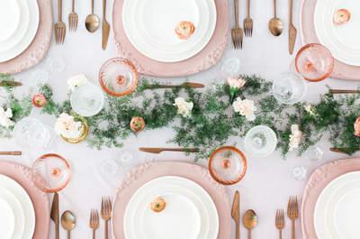 Facettenreiche Tischmitten als letzter Schliff für die Hochzeitsdekoration
