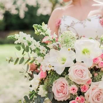 Spectaculaire roze bruidsboeketten. Kies uw favoriet!