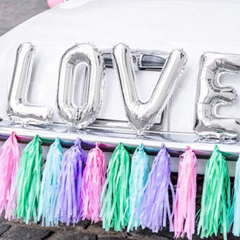 Kit completo globos coche color pastel - Compra en The Wedding Shop