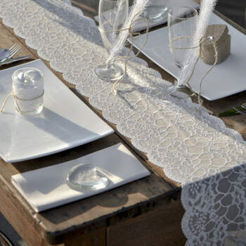 Camino De Mesa En Tema Encaje 18 cm- Compra en The Wedding Shop