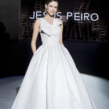 Jesus Peiro. Credits: Barcelona Bridal Fashion Week