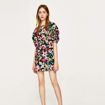 VESTIDO ÀS FLORES da Zara (29,99€)