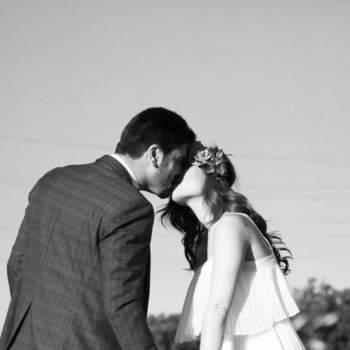 Lucía Truchuelo de Avam Photography plasmará cada momento de vuestra boda con gusto y delicadeza, prestando especial atención a los detalles.