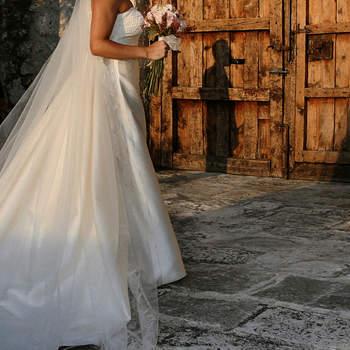 Detalle del secreto mejor guardado, el vestido de la novia.
