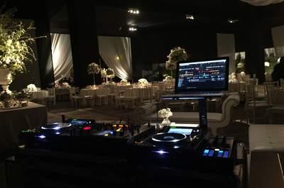 Los consejos de DJ Krlos Berrospi para reconocer al DJ que necesitas para tu matrimonio