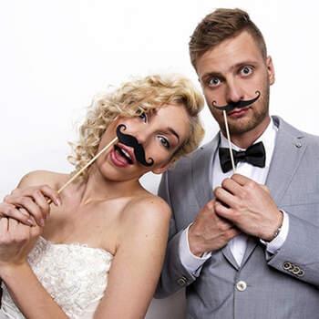 Atrezzo Photocall Bigote 6 unidades- Compra en The Wedding Shop