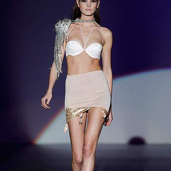 La lingerie Impératrice intègre des détails pailletés. Photo: IFEMA