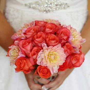 Credits: Event & Floral design by Dora Kavoc