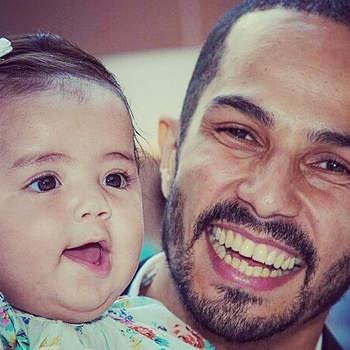 Maria é a primeira filha do músico Filipe Gonçalves e Joana Figueiredo. A bebé nasceu a 27 de abril. Foto Instagram Filipe Gonçalves