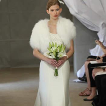 Beaucoup de chic et d'allure pour cette robe de mariée Carolina Herrera 2013