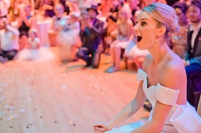 Le groom et ses témoins surprennent la mariée sur des danses endiablées !