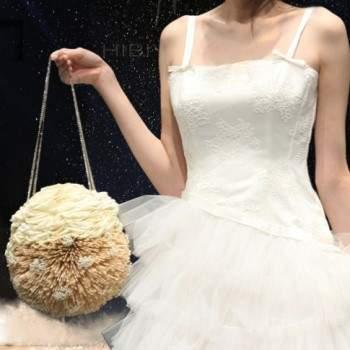 Un bouquet a borsetta molto raffinato