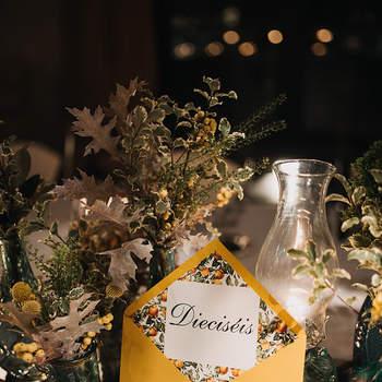 Hochzeitsfarbe Senfgelb. Credits: Doblelente
