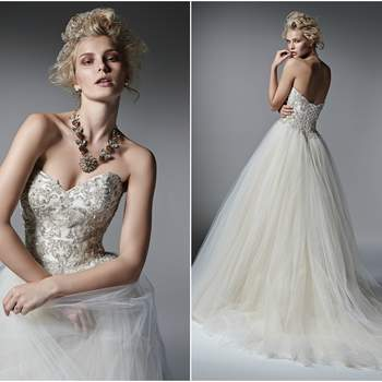 "<a href=""http://www.maggiesottero.com/sottero-and-midgley/layla/9585"" target=""_blank"">Sottero and Midgley Spring 2016</a>"