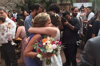 Mini wedding charmoso e minimalista de Beatriz & Bruno, de dia, no centro do Rio de Janeiro