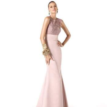 """Photo: <a href=""""http://www.pronovias.co.uk/book-appointment/?utm_source=BANNER-ZY-UK&utm_medium=correo+electronico&utm_campaign=BOOK-ONLINE"""" target=""""_blank""""> Pronovias 2014</a>"""