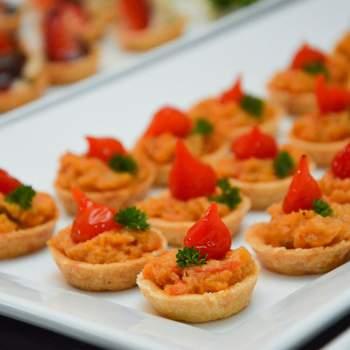 Tarteletes de catado de siri com pimenta biquinho