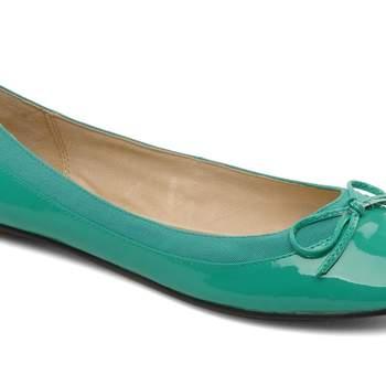"""Ballerine couleur """"Patent Green"""", de Baba Buffalo. Source : sarenza"""