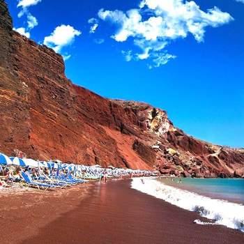 Santorini Via: Pinterest