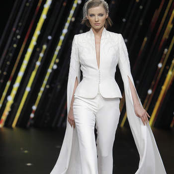 Pronovias. Credits: Valmont Barcelona Bridal Fashion Week