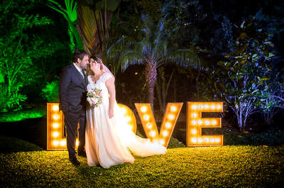 Casamento ao ar livre de Fernanda e Fábio: decoração romântica na serra do Rio de Janeiro!