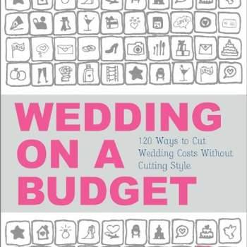 El tema del presupuesto es muy complicado para muchas parejas, por eso Cara Davis te resume todo lo que necesitas saber para recortar gastos y no quedarte sin un sólo centavo. Un must para todas las novias.