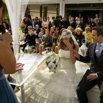 """Las emociones son una parte fundamental de la boda, que no deben faltar en vuestras fotografías. Foto: <a href=""""https://www.zankyou.es/f/jm-photoemotion-11527"""" target=""""_blank"""">JM Photoemotion</a>"""