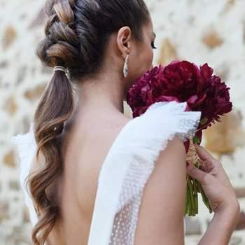 Pentado para noiva com trança embutida | Foto: Sara Instyle