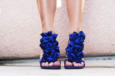 Incríveis sugestões de sapatos de noiva coloridos