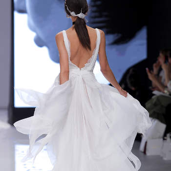 YolanCris. Credits_ Barcelona Bridal Fashion Week