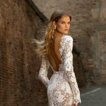 Foto: Berta Bridal   Style 20-110 Napoli