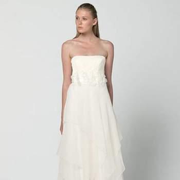 O vestido da noiva é o mais importante da noite, por isto deve ser lindo e combinar com o estilo e personalidade da noiva. Estes vestidos da Max Mara, super elegantes, dão todo o charme que a noiva precisa. Veja os lindos modelos.