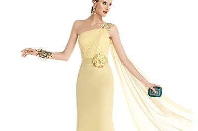 Wie kleide ich mich als Besucherin einer sommerlichen Hochzeit elegant und angemessen?