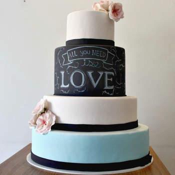Credits: Mislene Cabral Cake Designer.