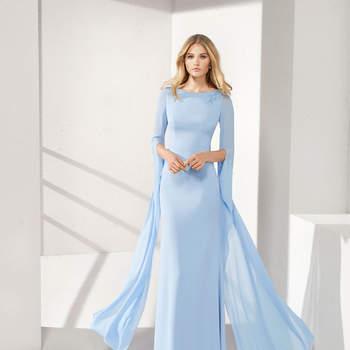 e816a0f0d9 Vestidos de fiesta de color azul  elige uno y arrasa