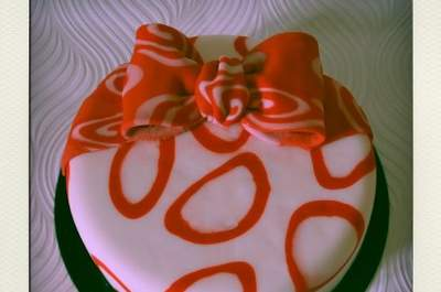 Pasteles y cupcakes artísticos para tu boda o despedida de soltera