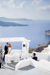 Tydzień sześcioosobową grupą na Santorini, a przy okazji zjawiskowy ślub!