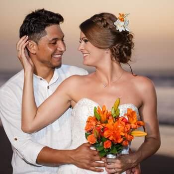"""Si tienes una boda destino en una ciudad como Cartagena, con más razón necesitarás un wedding planner como <a href=""""https://www.zankyou.com.co/f/colombia-mistica-738856"""" target=""""_blank"""">Colombia Mística WP</a>."""
