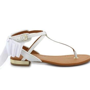 Nu-pieds blancs Saza Mariage pour un mariage version champêtre