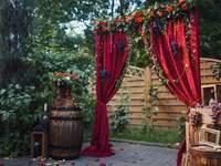 Выездная церемония: самые красивые идеи для свадебных арок