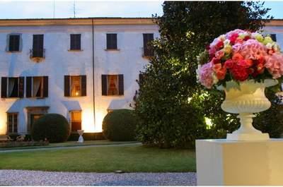 A Passirano (BS), nel cuore della Franciacorta, la dimora settecentesca di Villa Fassati Barba