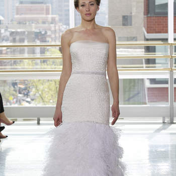 Vestido de novia corte sirena, falda con acabado vintage.