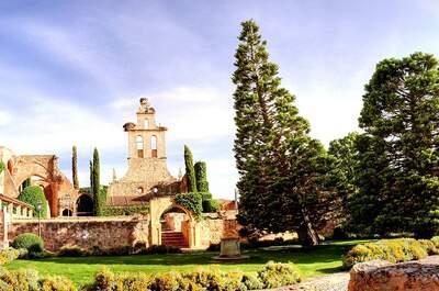 Organiza una boda romántica en Los Claustros de Ayllón, lugar histórico de España