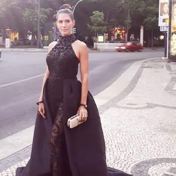Vestido: João Rolo. Foto via IG @sandrabaratabeloactriz