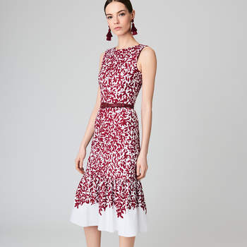 Graphic leaves cotton-canvas flared pencil dress. Credits: Oscar de la Renta