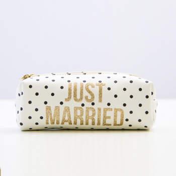 Neceser recién casados- Compra en The Wedding Shop